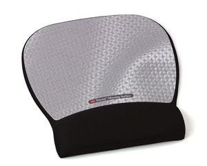 3M MOUSEPAD WITH WRISTREST SILVER
